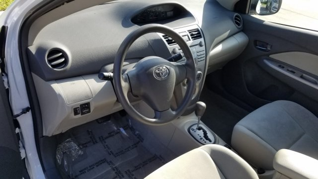 Pre-Owned 2010 Toyota Yaris Base