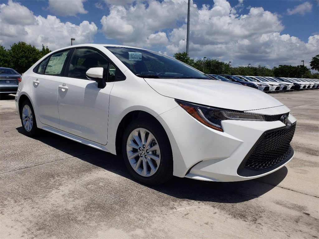 new 2021 toyota corolla le 4d sedan in miami t21573