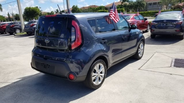 Pre-Owned 2015 Kia Soul Plus