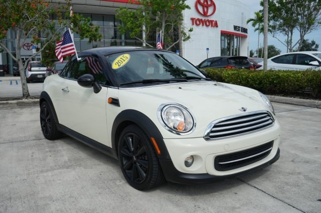 Pre-Owned 2015 MINI Cooper Base